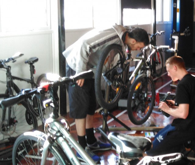 L30 Bike Maintenance Course Feb 2016 - 2a